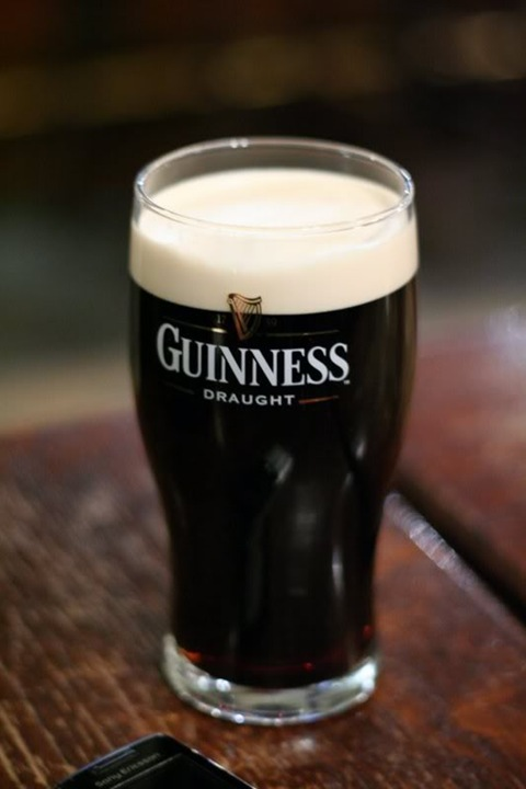 фото бокала пива гиннес