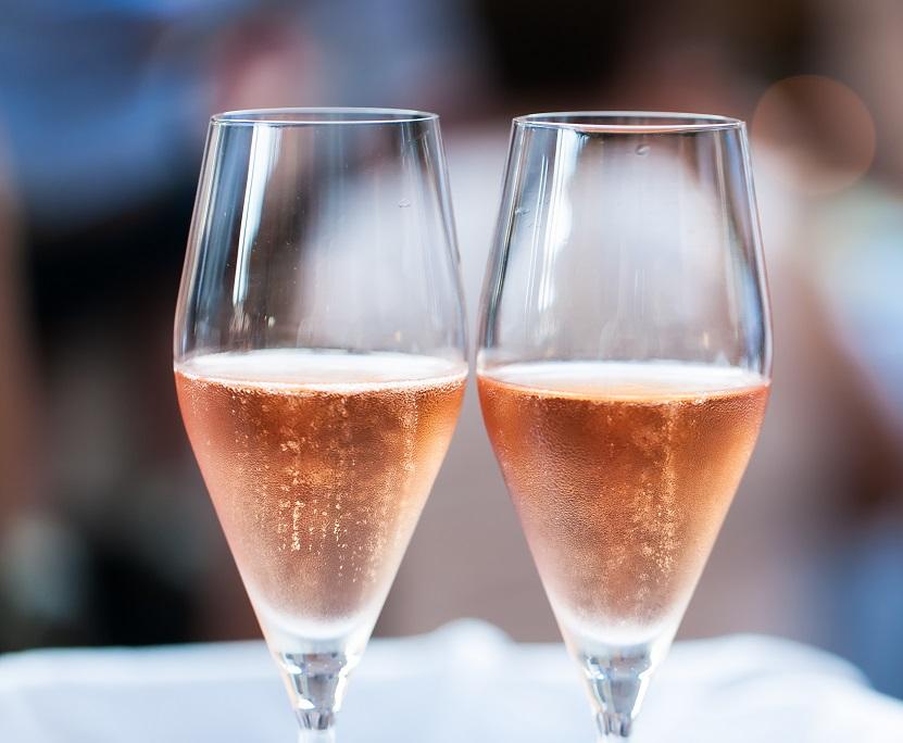 фото розового кремана