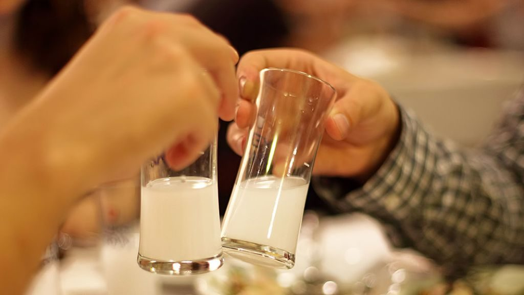 фото как правильно пить ракы