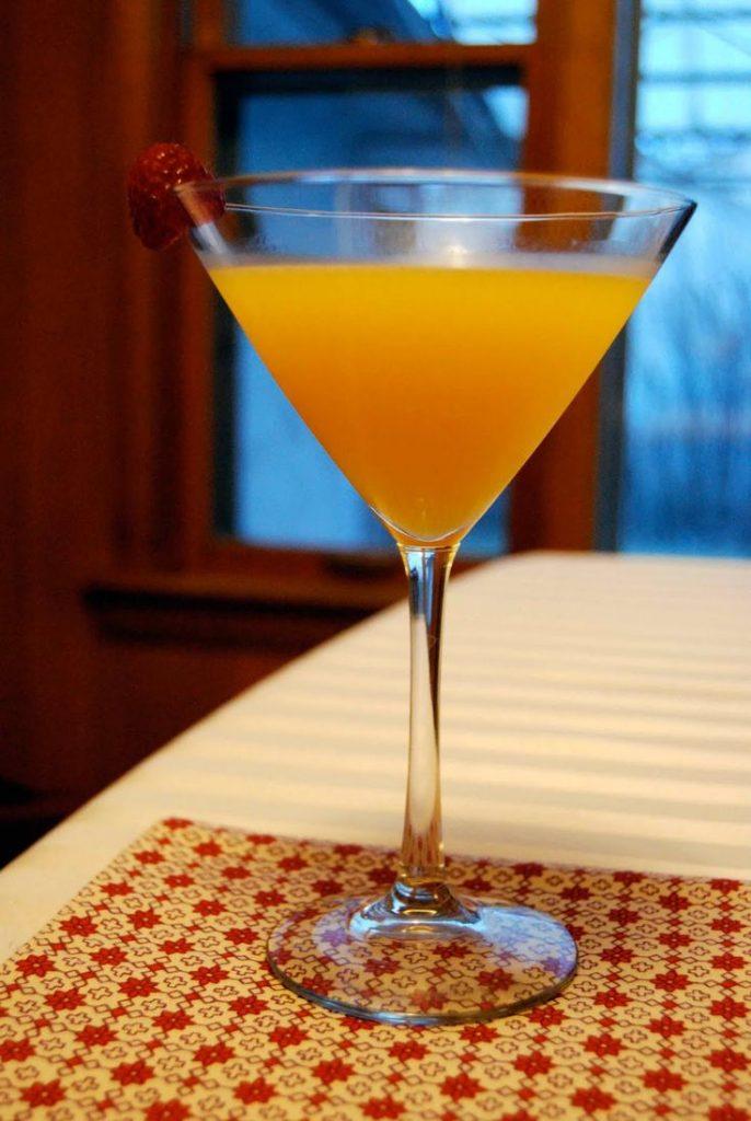 фото ликера из манго с мякотью