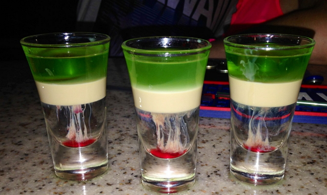 фото слоистого коктейля Хиросима