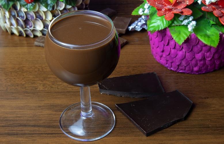 фото домашнего шоколадного вина