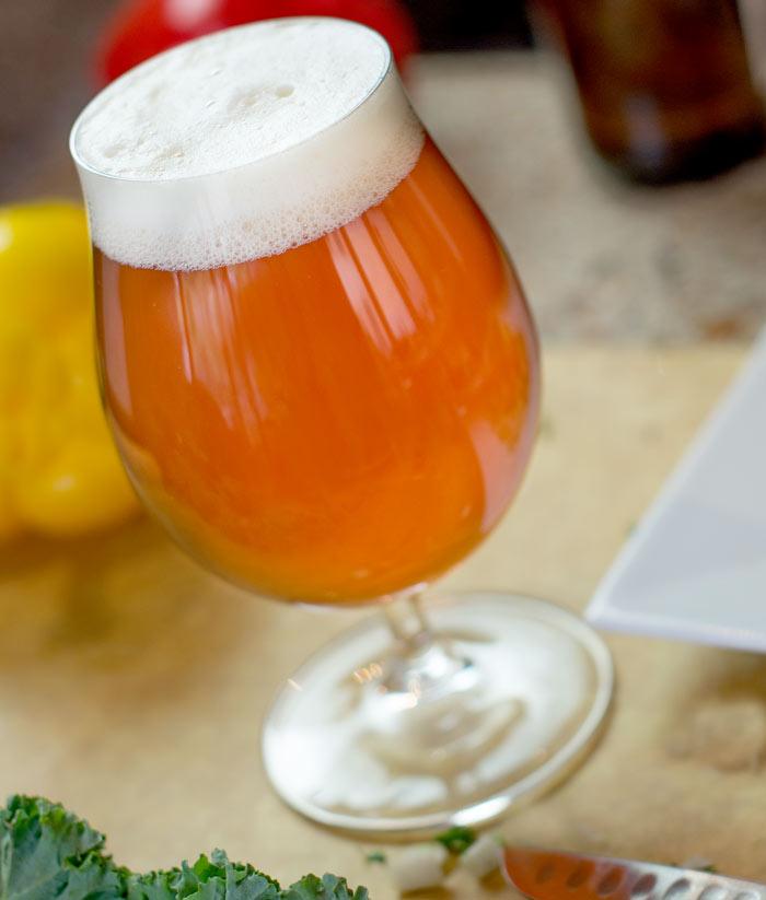 Пиво с фруктами и пряностями