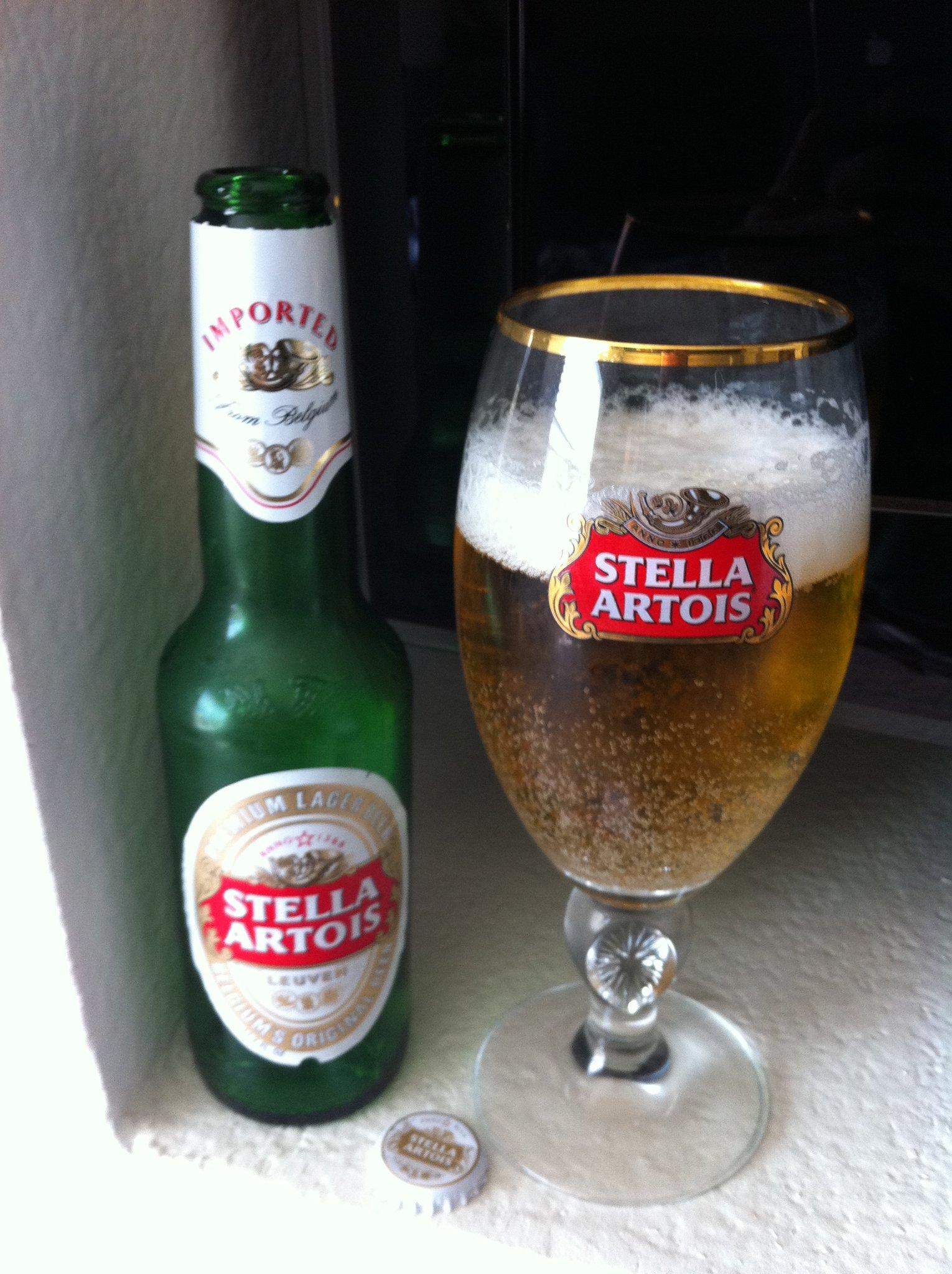 фото пива Стелла Артуа в бутылке