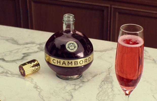 фото Шамбора с шампанским