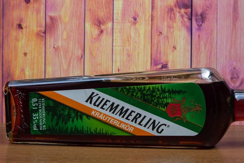 фото бутылки ликера кюммерлинг