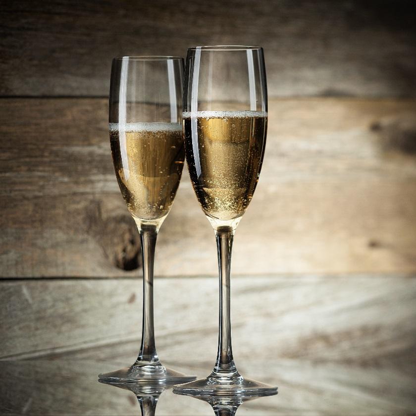 фото правильных бокалов для игристых вин