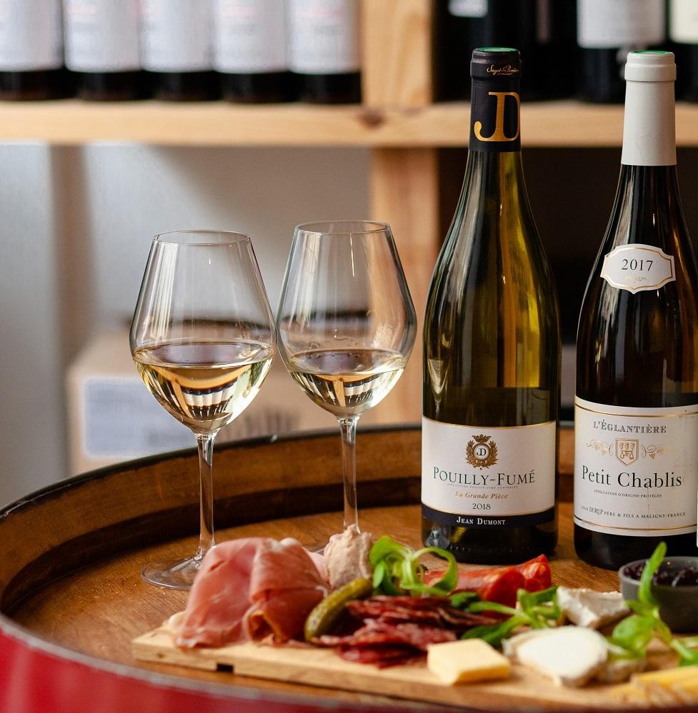 фото бургундского вина Шабли
