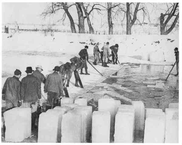 фото добычи льда в США