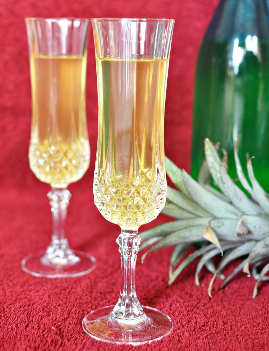 Homemade Pineapple Wine