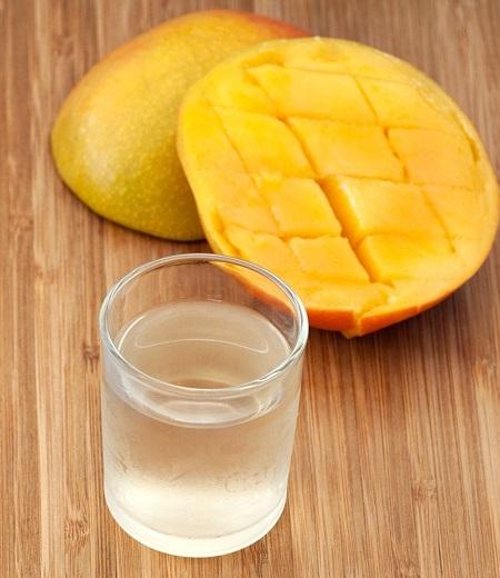 фото домашней настойки из манго