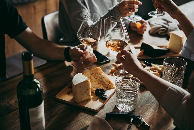 фото как правильно пить оранжевое вино