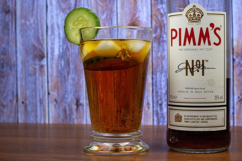 фото как правильно пить Пиммс