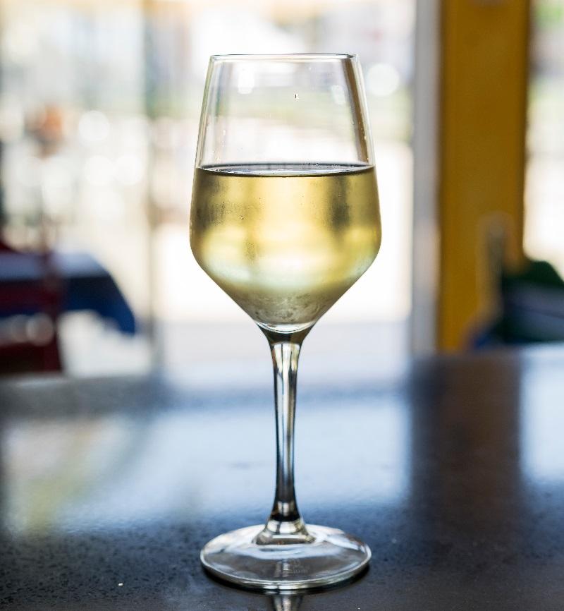 фото белого вина Алиготе