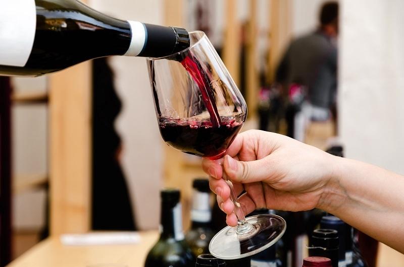 правильные бокалы для вина Бароло