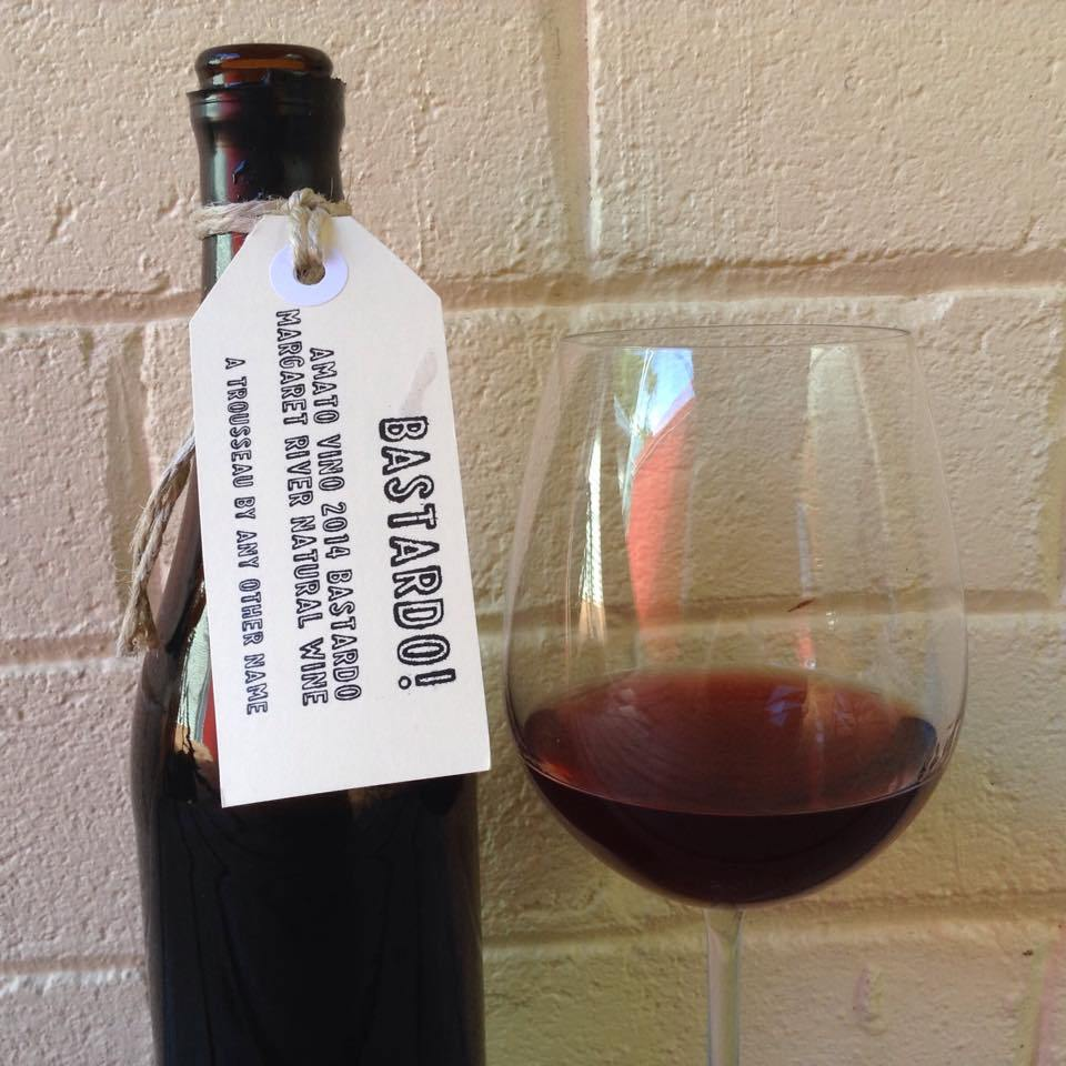 фото красного вина Бастардо
