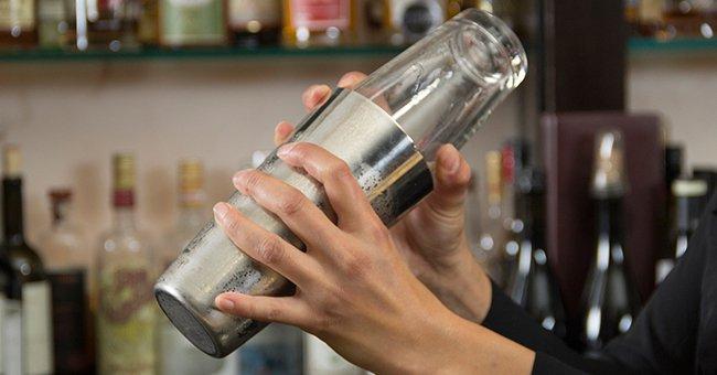 фото как нужно готовить коктейли в шейкере