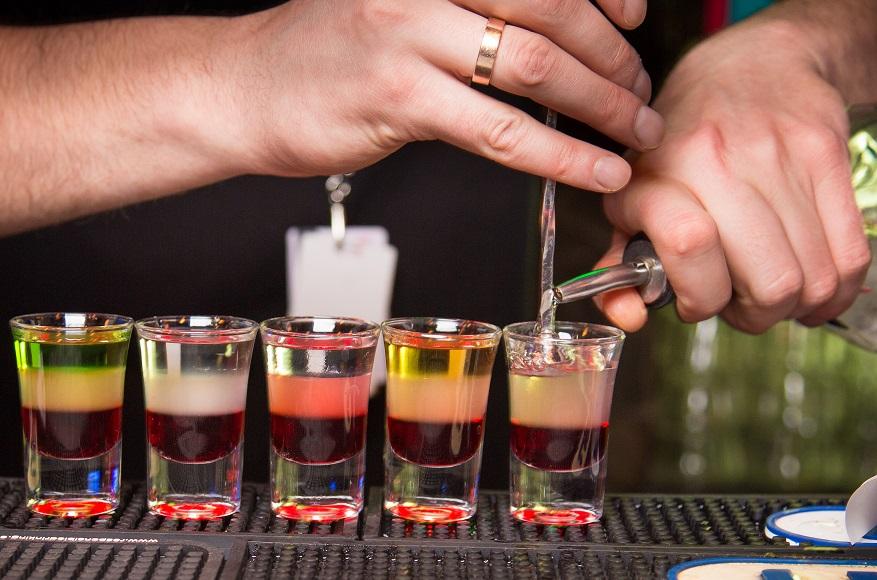 фото как правильно готовить коктейли шоты