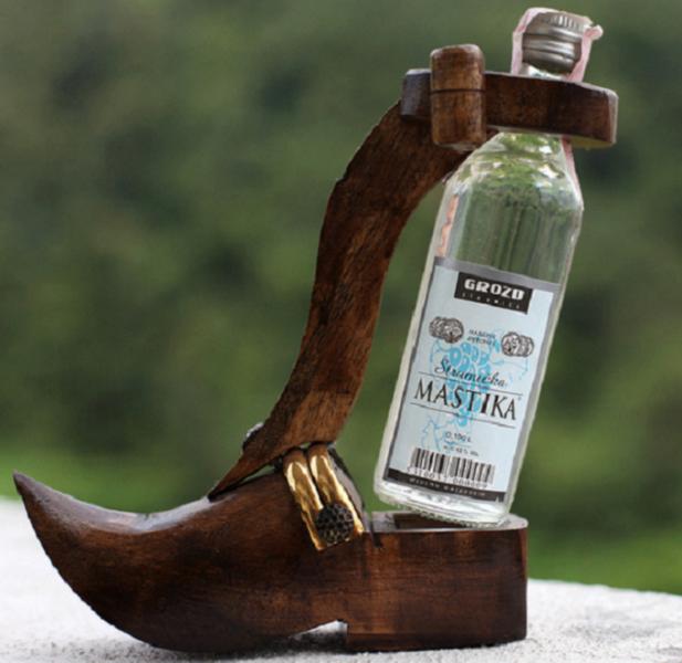 фото бутылки мастики