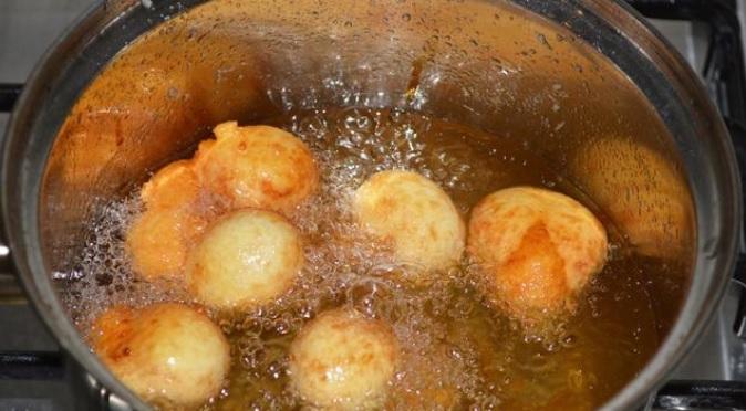 фото как обжаривать сырные шарики
