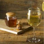 как вносить мед в домашнее вино