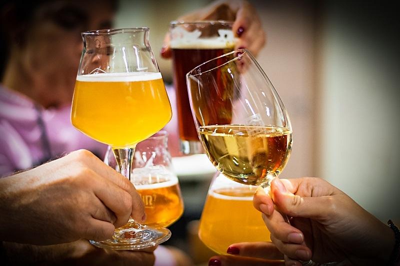 как пить пиво во Франции