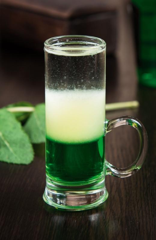 фото коктейля зеленый мексиканец с ликером Пизан Амбон