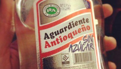 фото алкогольнного напитка Агуардьенте