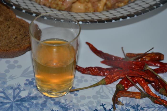 настойка перца-чили на водке фото