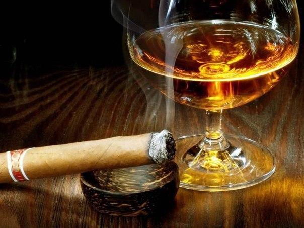 фото рома с сигарой