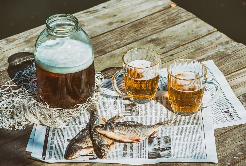 советское пиво с рыбой