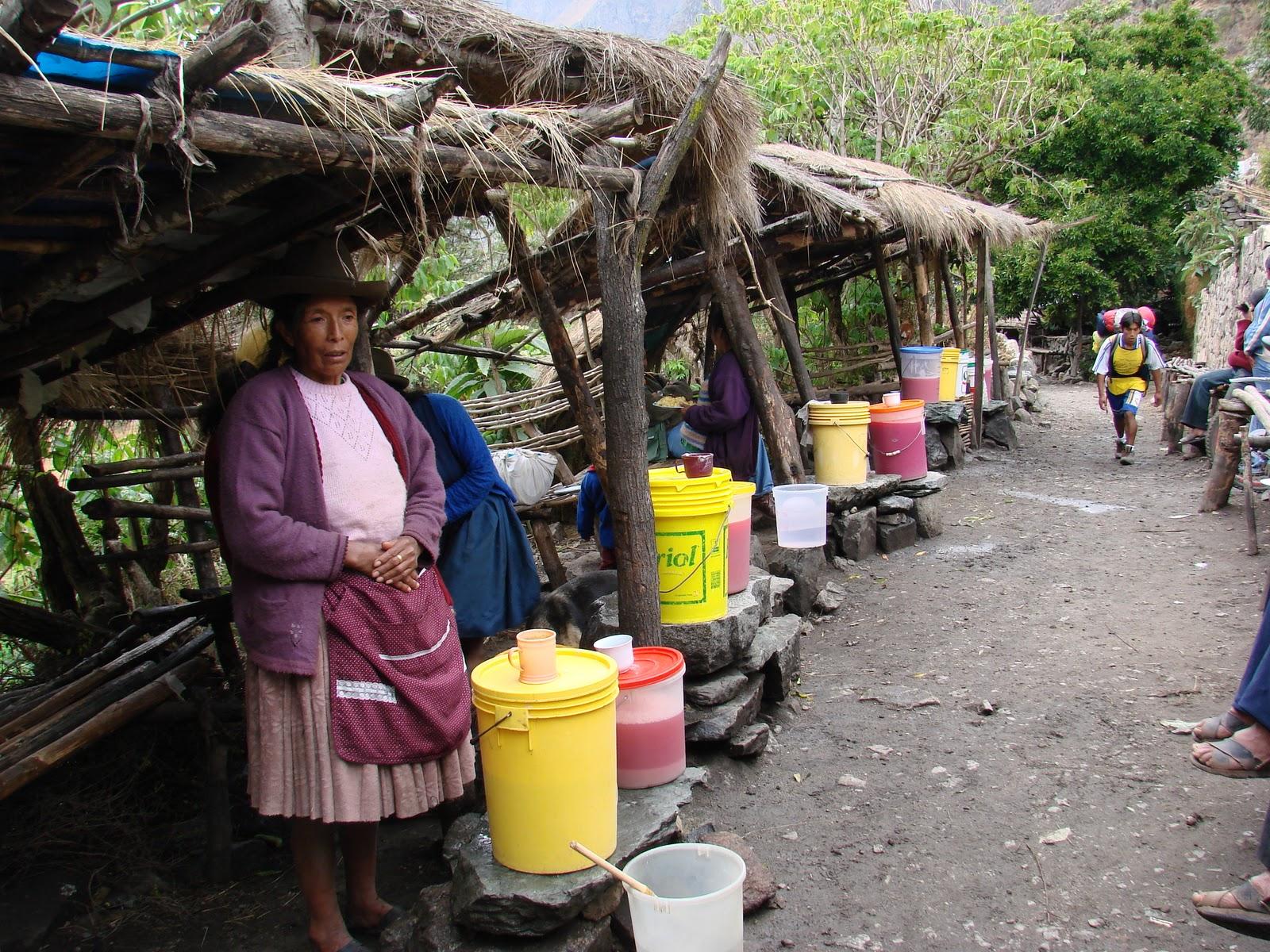 фото как продают чичу в Перу