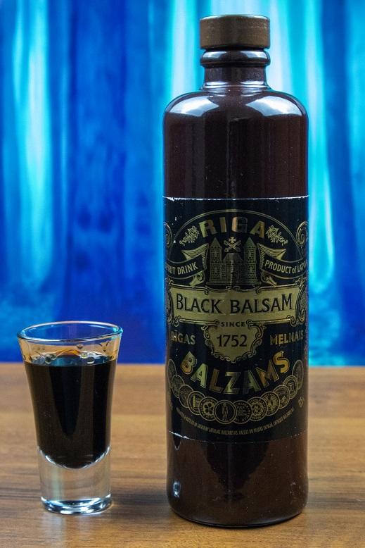фото классического черного рижского бальзама