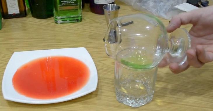 фото как сделать коктейль переливание крови