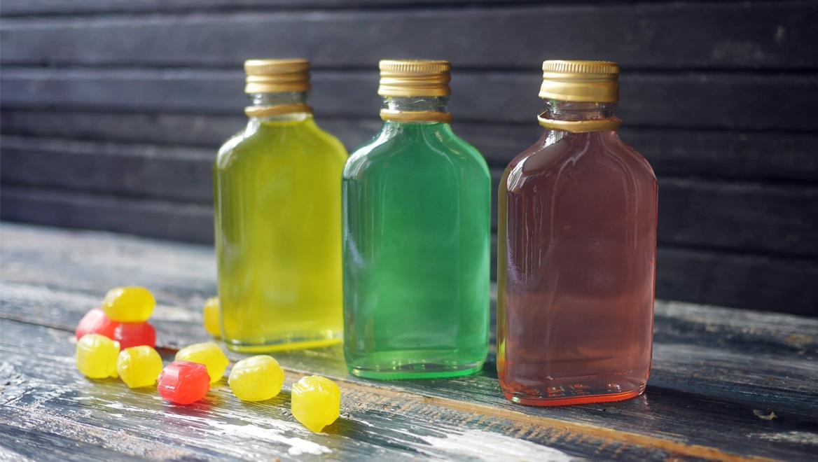 фото настойки из конфет на водке