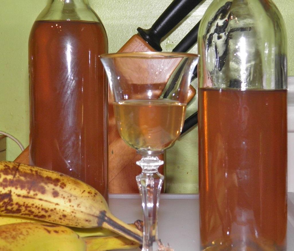 фото банановой настойки, сделанной в домашних условиях