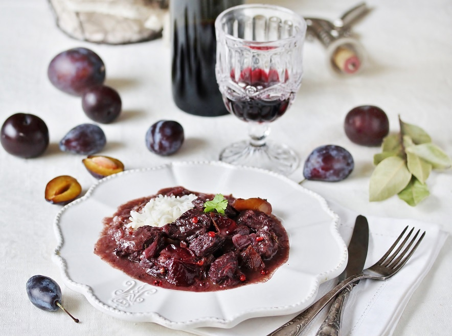 фото говядины в красном вине