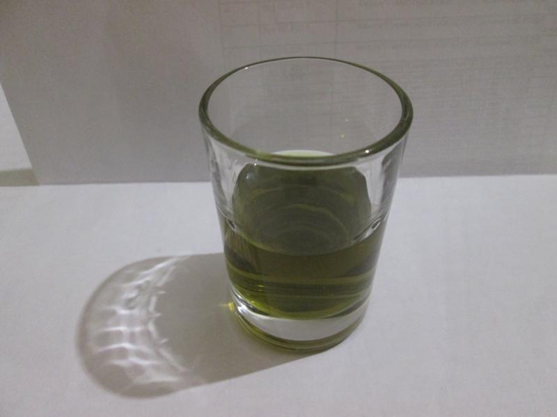 фото домашней настойки ландыша на водке