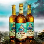 фото бутылки пива трое в лодке