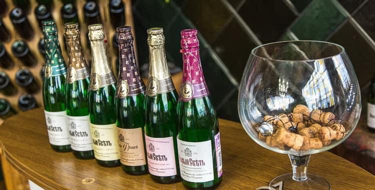 фото ассортимента шампанского Новый Свет
