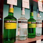 бутылки ликеров Де Кайпер