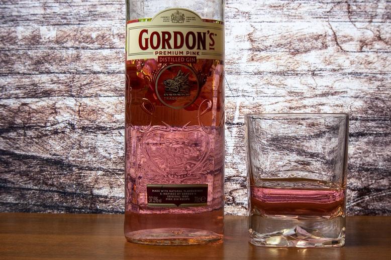 фото розового джина Гордонс