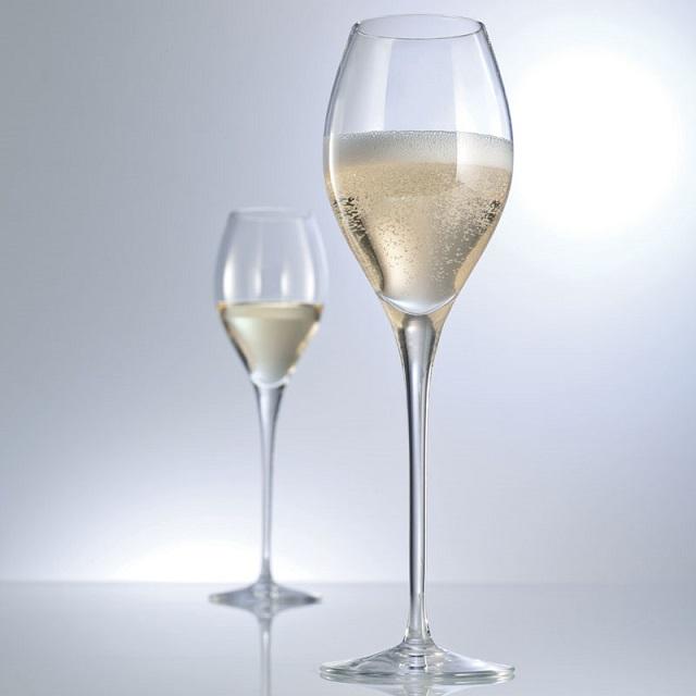 фото бокала тюльпан для шампанского