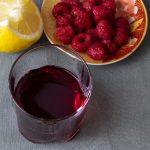 малиновая настойка с джином и лимоном