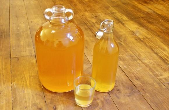 фото готового вина из яблочного сока
