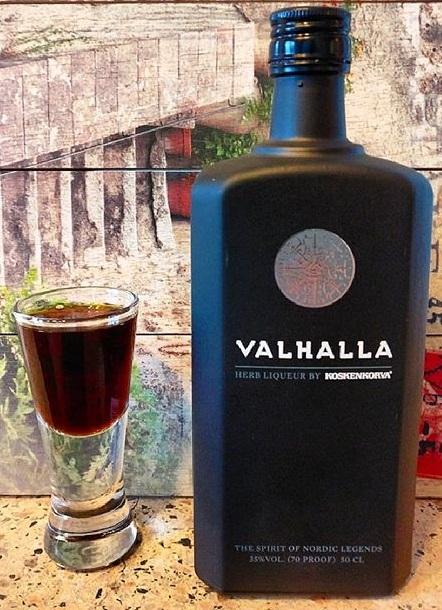 фото как пить ликер Вальхалла