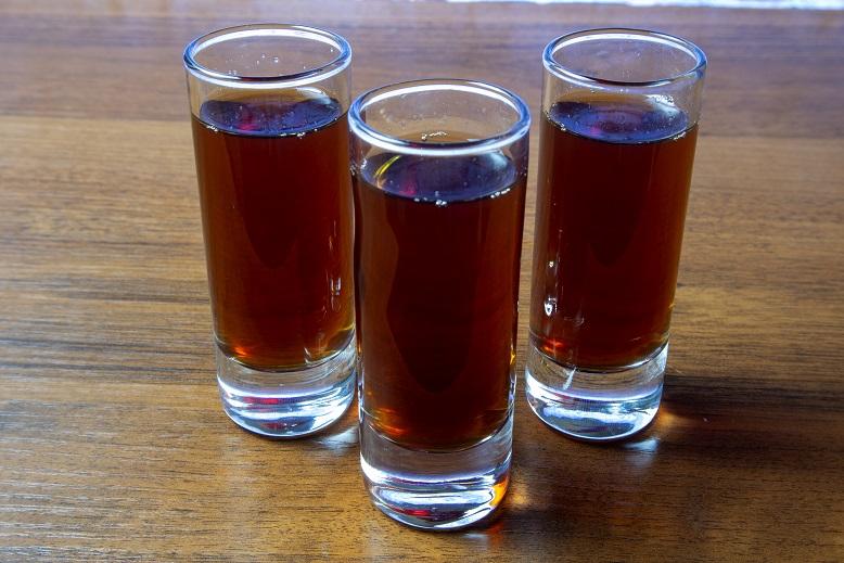 фото настойки Иван-чая на водке