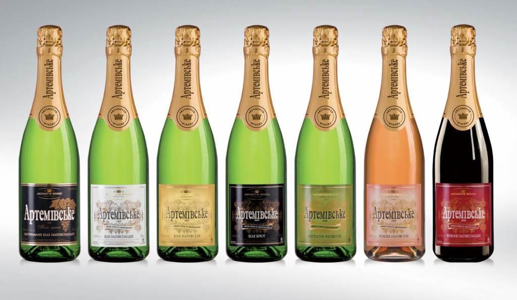 фото ассортимента шампанского артемовское
