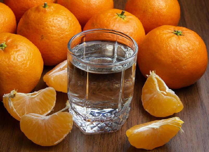 фото домашней мандариновой водки