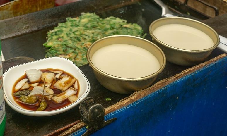 фото корейского рисового вина макколи